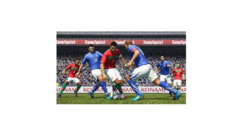 Pro Evolution Soccer 2011 (Русская версия)